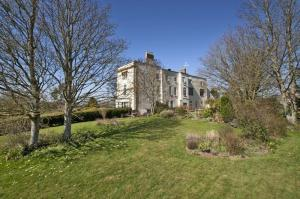 Barton Grange, Taunton (source)